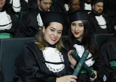 Fran Campos e Francieli Schraiber Amaral Logística IFPR Campus Curitiba